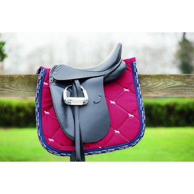 Hkm Pro Team Zadeldek Boston Horse Quilt Drood Dressuur 49cm